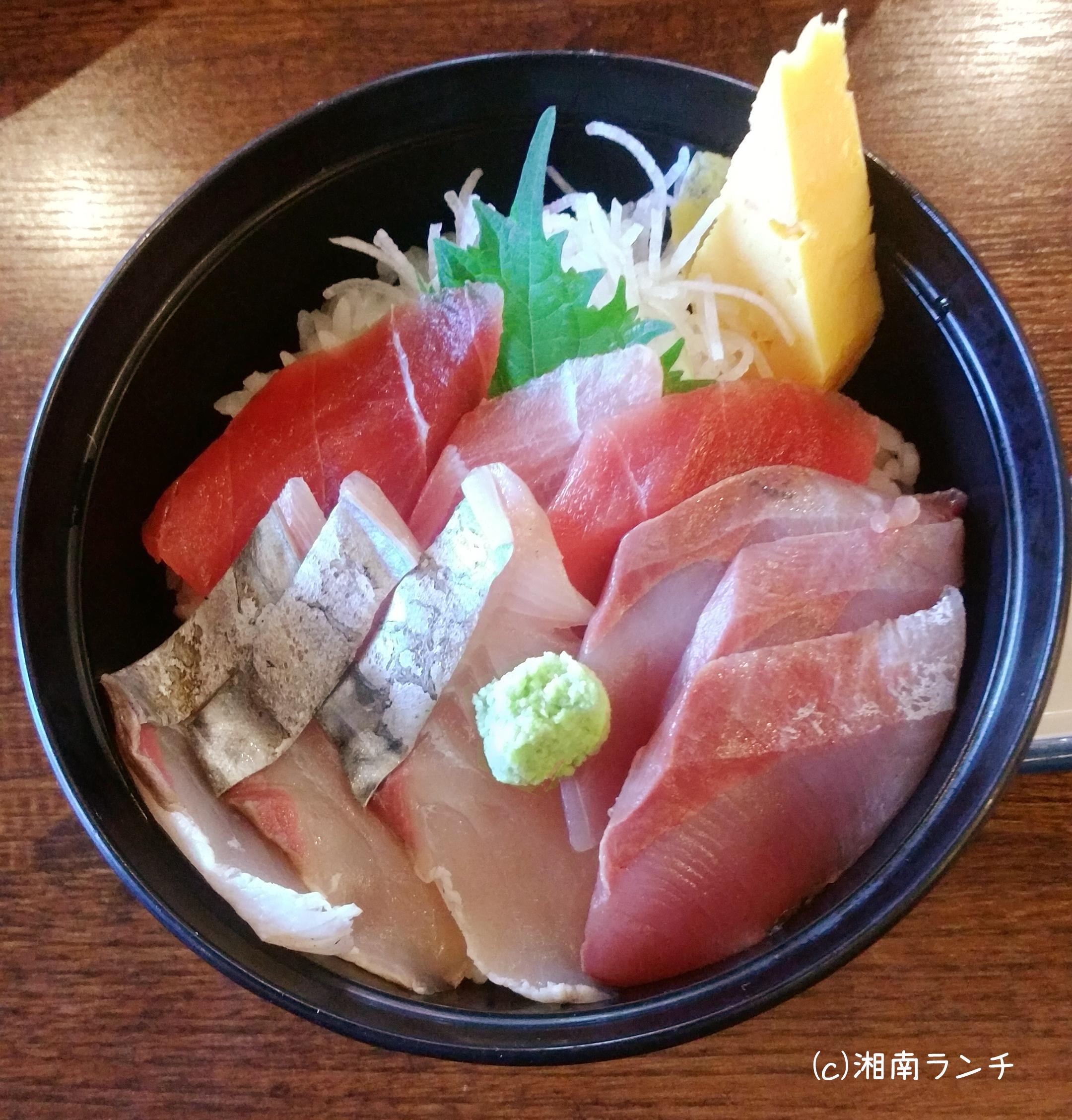 小田原早川漁村 本日の地魚3種盛り丼